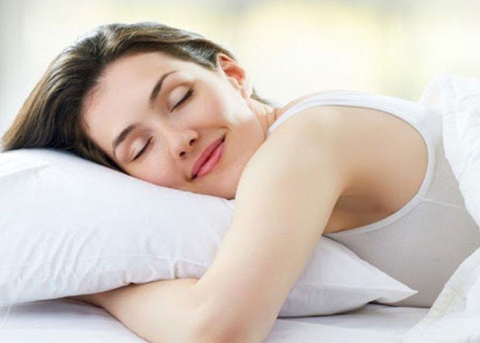 Ngủ đủ giấc giúp ổn định đường huyết